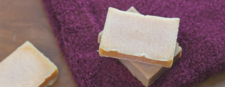 How to use shampoo and conditioner bars for effortless zero waste hair care